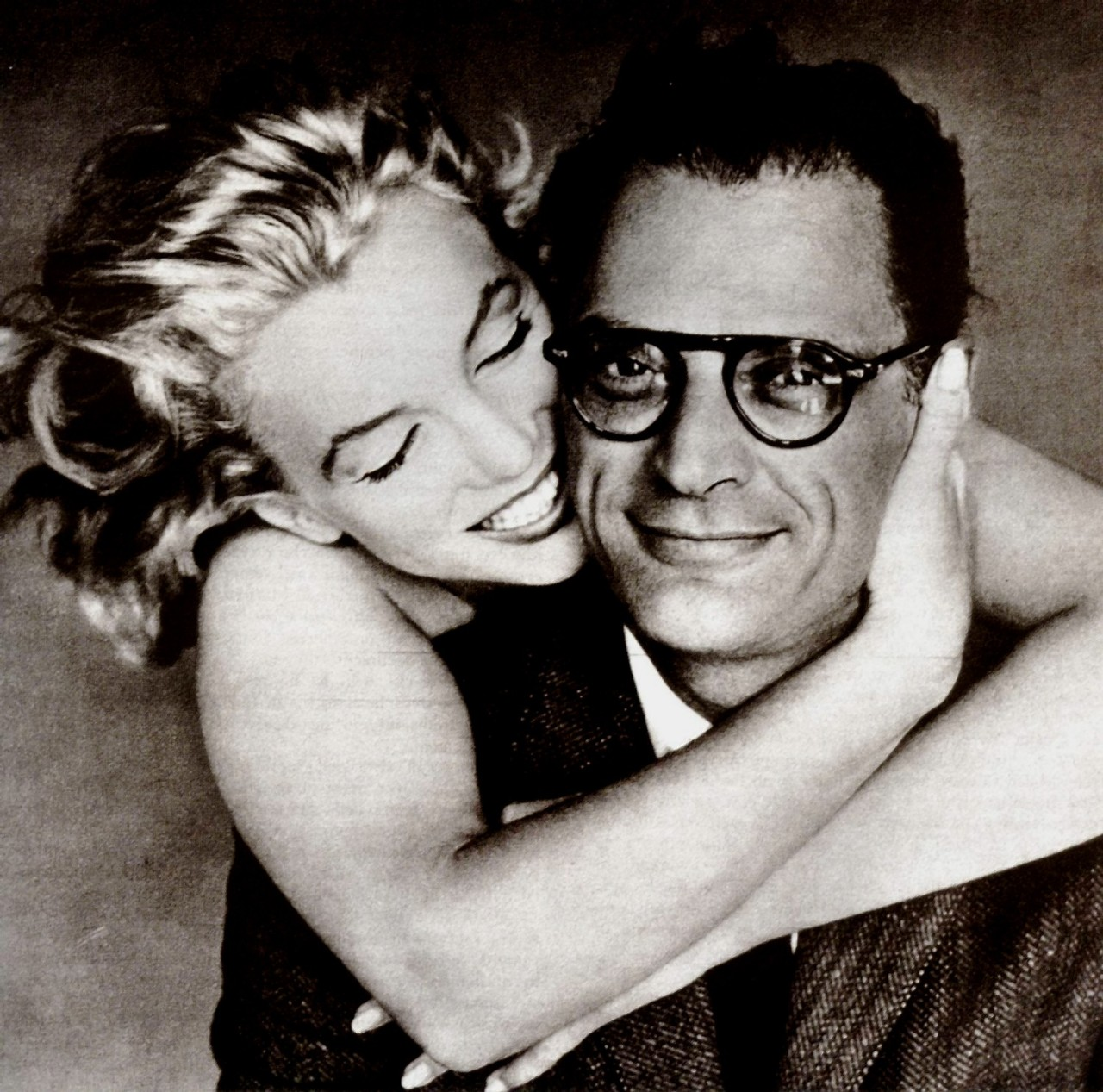 Marilyn Monroe and Arthur Miller photographed by Richard Avedon in 1957