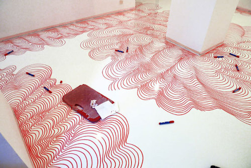 sharpie:  mcmillianfurlow:  Permanent marker installations by Heike Weber.  Floor to ceiling Sharpie!