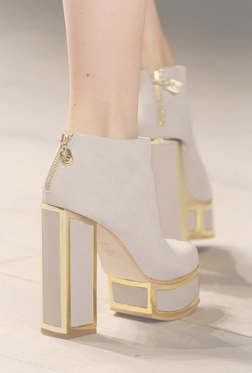 wink-smile-pout:  Shoes at Felder Felder Fall 2012
