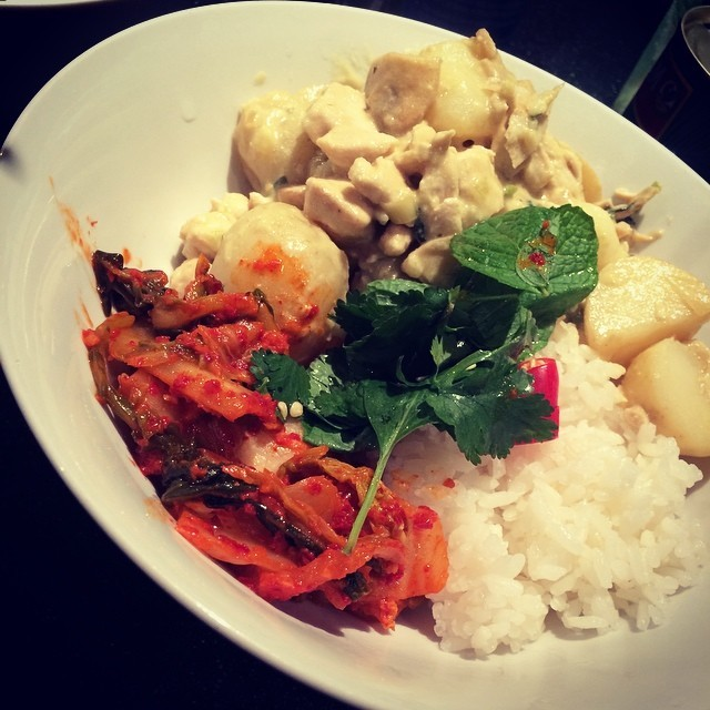 A little kimchi, kreung with chicken and veggies with rice with @mertannn #food #korean #cambodian #cooking #food #selfmade