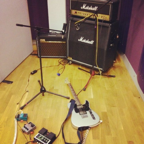 jjelvetica:  Average day at the office. #Studio #Music #Guitar #Pedalboard #Marshall #JCM2000 #JCM2000ILY4EVA