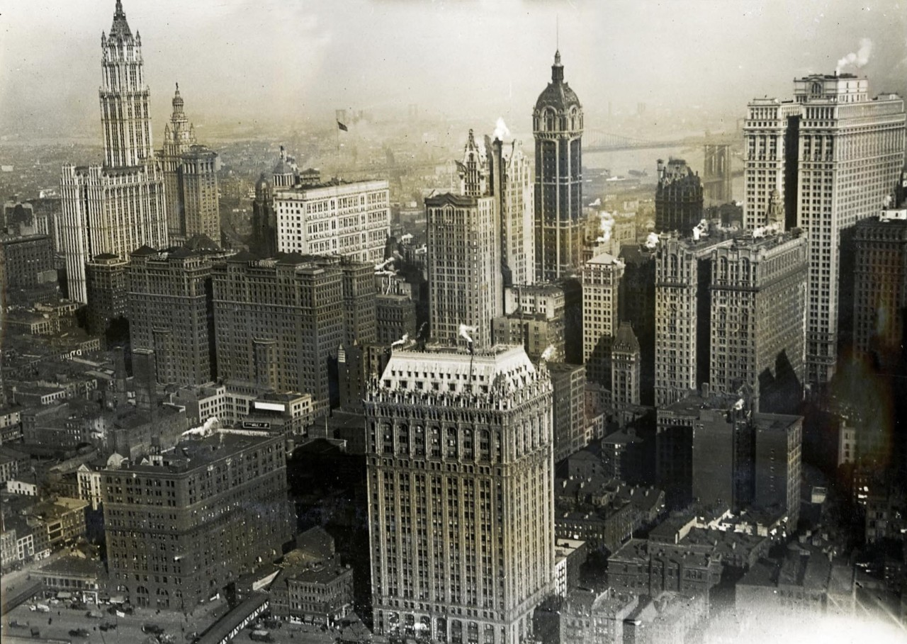 The towers of downtown Manhattan in 1919, New York