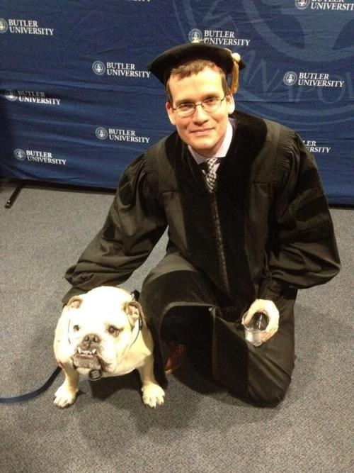 youngerinmyhunger:  'Backstage at Butler's commencement with @butlerblue2. Check out the hat, y'all' So cute.