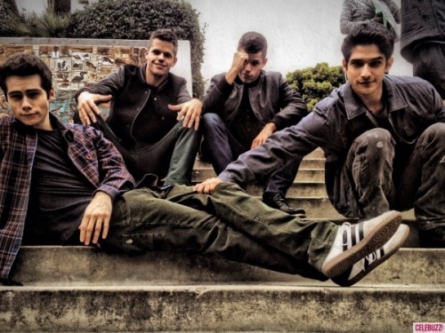 Dylan O'Brien, Charlie and Max Carver and Tyler Posey on set of Teen Wolf, Season 3