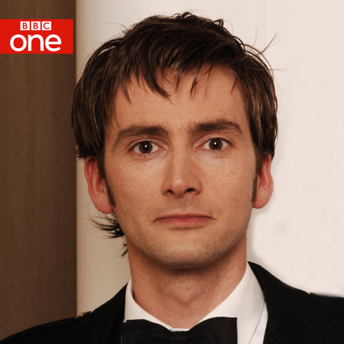 For Tennant fans in the UK, new news from the BBC One Tumblr: bbcone:  David Tennant will be joined by Ashley Jensen, Toby Kebbell and Sophie Okonedo in brand new drama The Escape Artist on BBC One.Tennant plays Will, a highly talented junior barrister. But when he successfully defends a suspect in a murder trial, his brilliance comes back to bite him with unexpected results.