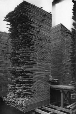 nickelsonwooster:  Planks. thisisjustgreat:  Cedar Mill, Seattle 1919