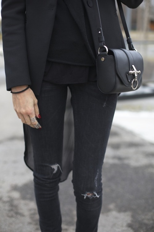 di-base:  couture—life:  fashion—n:  <3