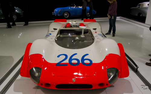 Straight from Area 51 Starring: Porsche 908/02 (by Raph/D)