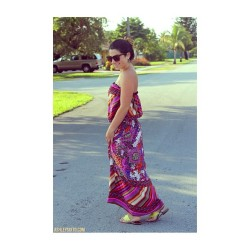 hey @g_nee_ thanks for my beautiful maxi! wearing it on AshleySixto.com today 😝💕