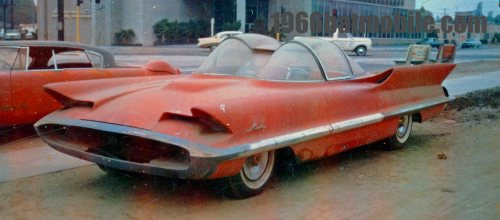 The Lincoln Futura concept car before George Barris transformed it into the Batmobile, circa 1965. [1,200px  529px] - Imgur
