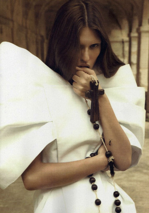 bianca balti in numero magazine #110 feb. 2010