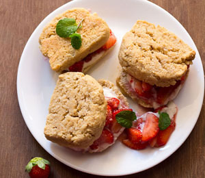 findvegan:  vegan strawberry shortcake