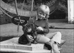 Prince Friso (the Netherlands) with wirehaired Dachshund Arthus on royalfanvivian.nl