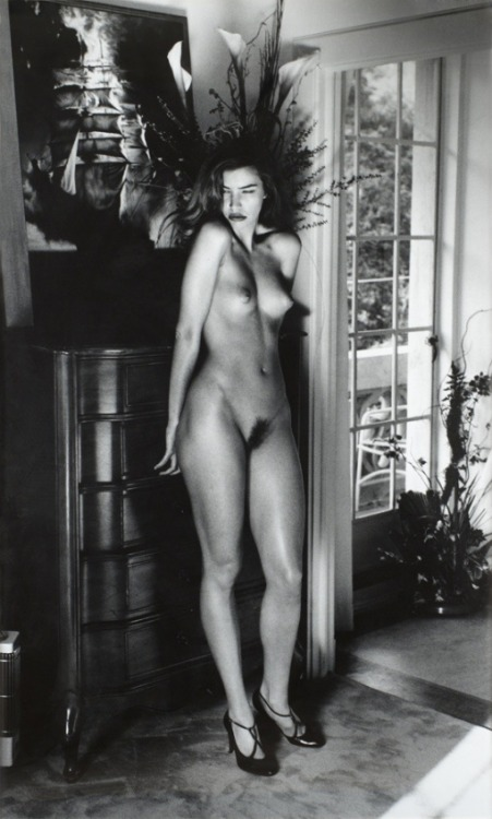 classypics:  Photograph by Helmut Newton.