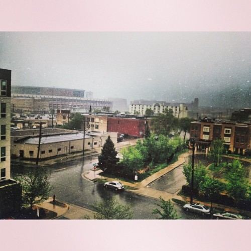 rainydaysandblankets:  This afternoon's storm.