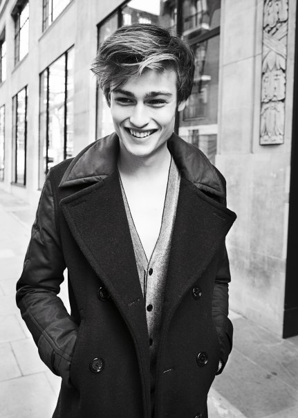 beautifulguys:  Douglas Booth