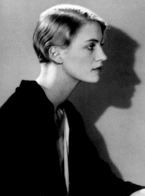 bohemea:  Lee Miller by Man Ray, 1930