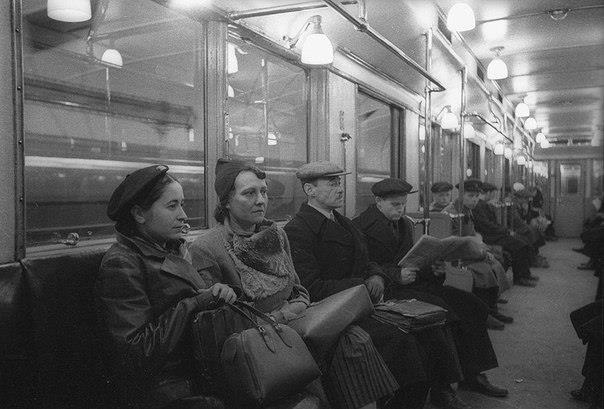 belovedrussia:  In subway, Moscow, the USSR. 50s