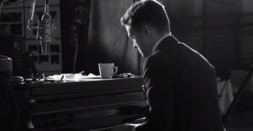 (via Watch Justin Timberlake's 'Suit & Tie' lyric video) Justin Timberlake just released the lyric video for his comeback single Suit & Tie ft. Jay-Z. The video was directed by Laban Pheidias and was filmed during a photo shoot for his forthcoming album The 20/20 Experience. WATCH HERE