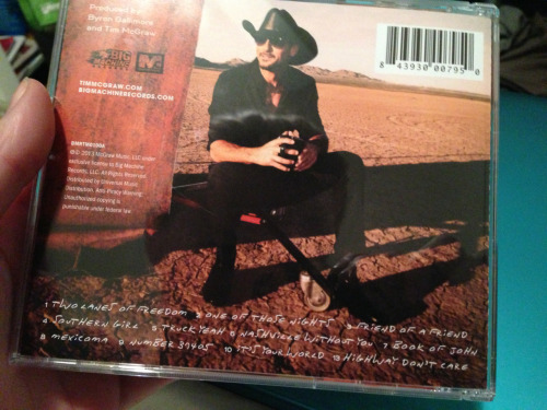 "shininglikeefireworkss:  kayfivecoat:  YOU GUYS, how cute is Tim McGraw? His new song with Taylor Swift, 'Highway Don't Care' is number 11, but he labeled it number 13. Love.  I let out a high pitched ""awww oh my gosh!"". adorable. love them."