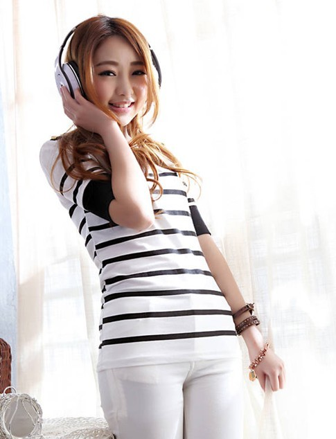 Fashion show thin navy black white stripe short sleeves T-shirt D19016