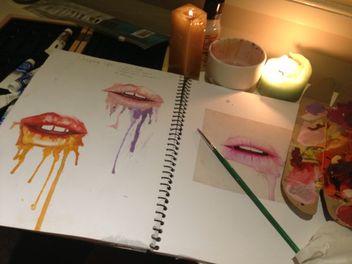 easy-love:  Wild night painting lips  queued