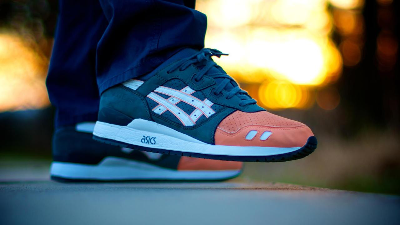sweetsoles:  Ronnie Fieg x Asics Gel Lyte III 'Salmon Toe' (by Stefan Fischer)