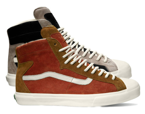 "TAKA HAYASHI x VANS Vault ""TH Revere Hi LX""  The designer Taka Hayashi did it again with Vans for this successful suede pack. The collab will be available at selected Vans Vault shops in June, so be on the lookout !"