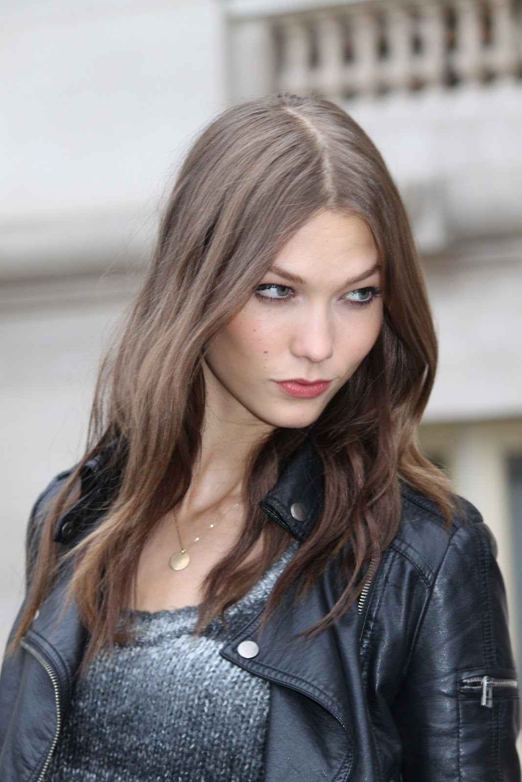 vogue-mafia:  vs-angelwings:  Karlie Kloss  q'd  Karlie