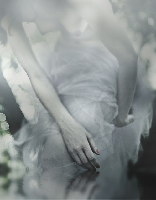 unveilthemuse:  untitled by Rocio Montoya on Flickr