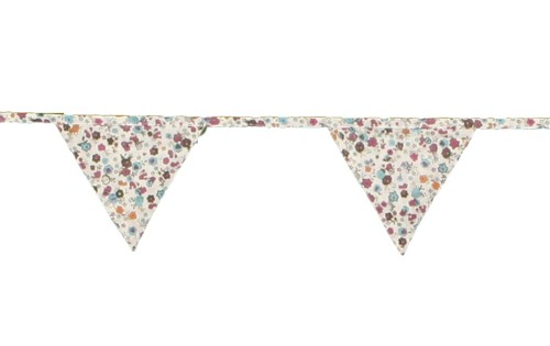 Our pretty pink and turquoise fabric bunting was £10.75, now only £5.85! Available while stocks last.