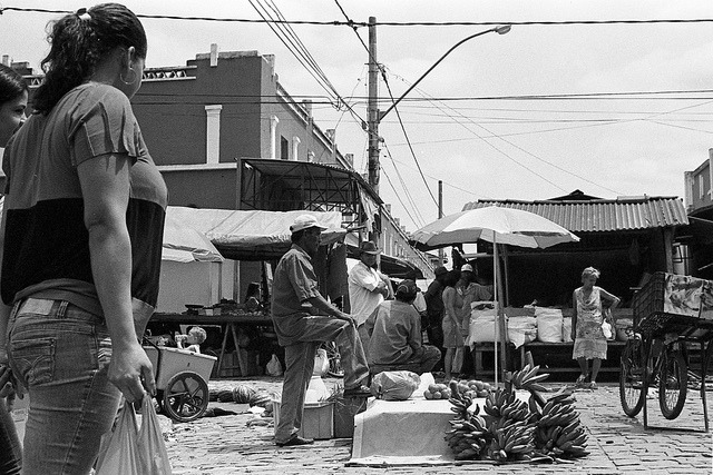 Mercado de Almenara 02. on Flickr.Via Flickr: Almenara/MG Tri-x 400