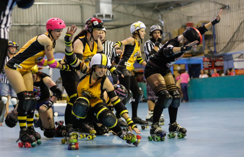 screamforyourteam:  Disco Derby , Gold City Rollers and the Bunbury Brawl Stars SATURDAY FIGHT FEVER BOUT Bunbury Western Australia