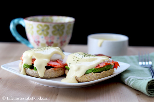 Smoked Salmon Eggs Benedict with Easy Blender Hollandaise Sauce. Click HERE for the recipe.
