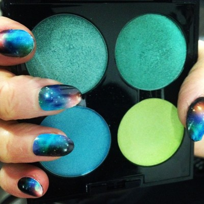 nailinghollywood:  How bad do you want to try the #galexynail by @stephstonenails ? @shopncla @nailinghwood