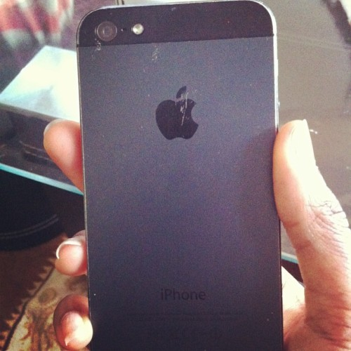 Bientôt mien tu seras. #Iphone5 #apple #mine #soon #phone #Paris #black #love