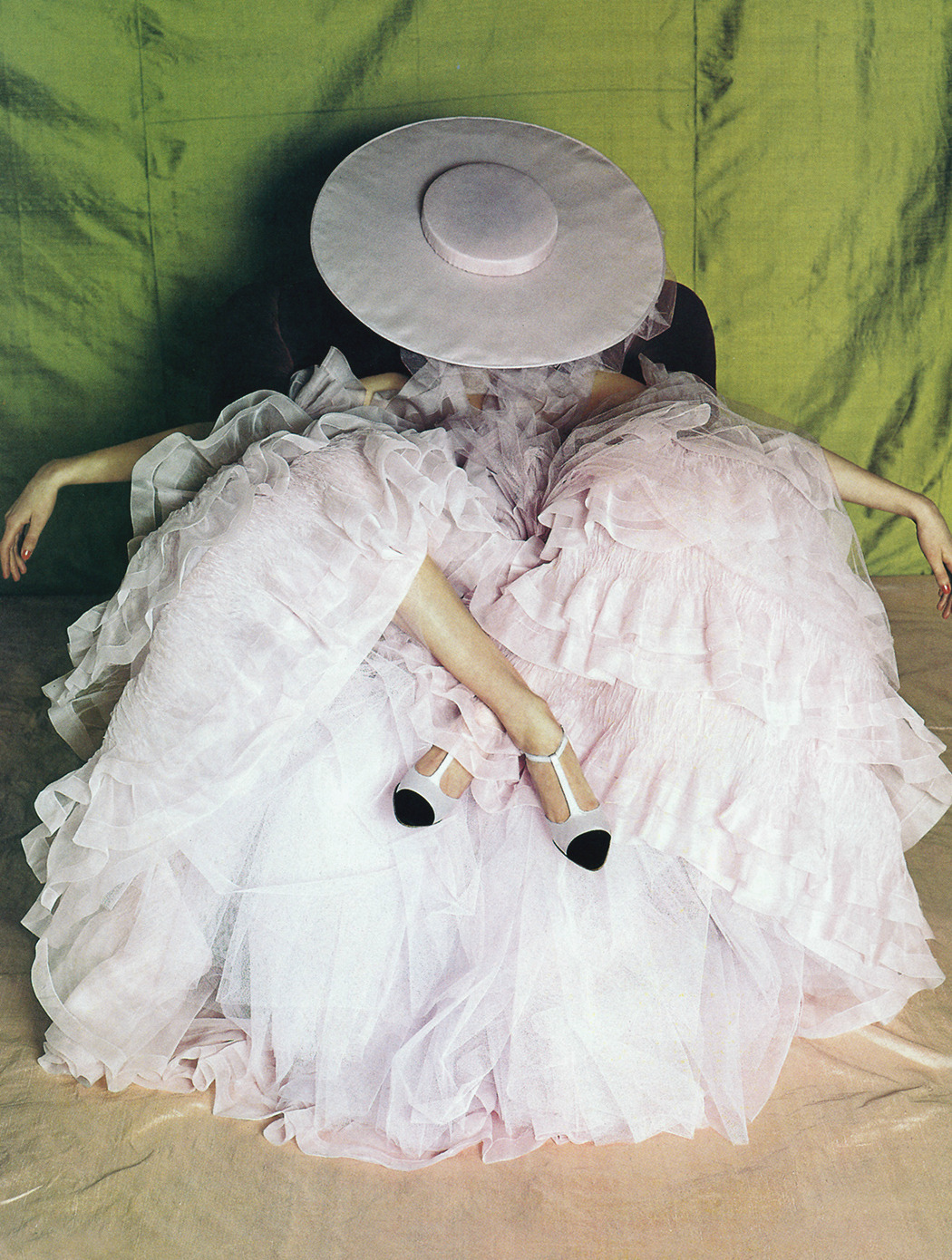 candentia:  Shalom Harlow by Bruce Weber Dress: Chanel Haute Couture S/S 1995 Vogue US March 1995