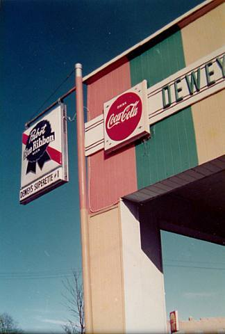 bmichael:William Eggleston, Dewey, 1982