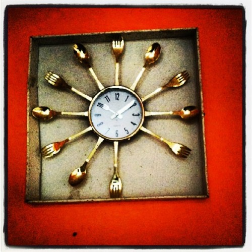 Fork o'clock? Crooked cutlery clock on a wall in a restaurant midway between Ghardaia and Algiers, Algeria. April 2013. Photo by @lindsay_mackenzie #quirky #clock #time #algeria #cutlery #bestofalgeria