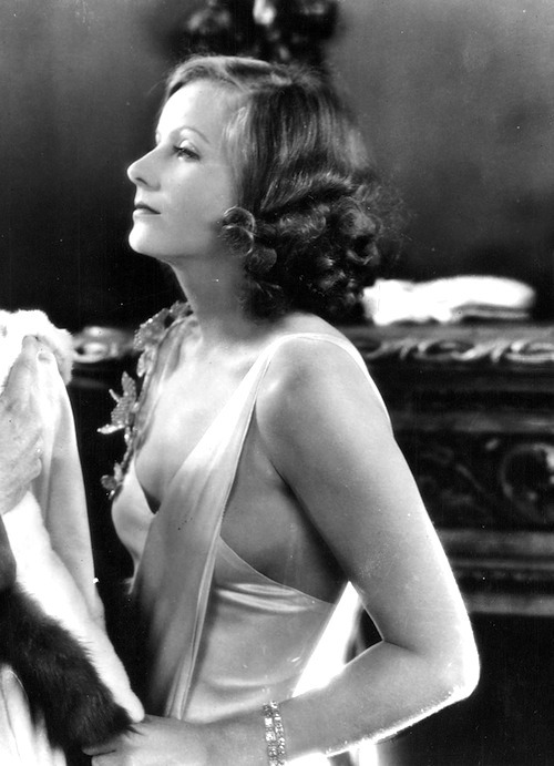 sourvix:  Greta Garbo, The Mysterious Lady — 1928