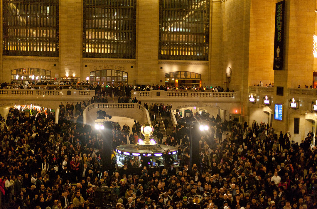 New York's iconic Grand Central Terminal recently celebrated its Centennial, and Yalies hopped on one of the over 30 trains linking New Haven to New York City to take part in the festivities. Photo: Andrew Leu '13.