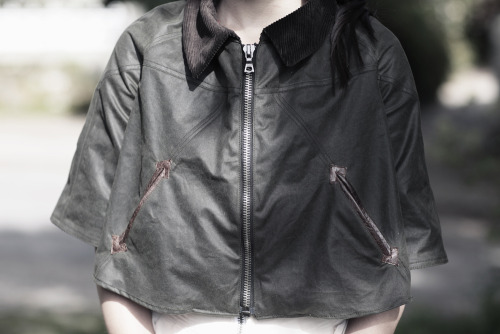 COMPLETELY HANDCRAFTED WAX COTTON CROPPED JACKET FULLY LINED WITH SCOTTISH TARTAN SIZE S/M £150 ONLY ONE AVAILABLE IN THE WHOLE WORLD  Get yours here in the 80/20 shop