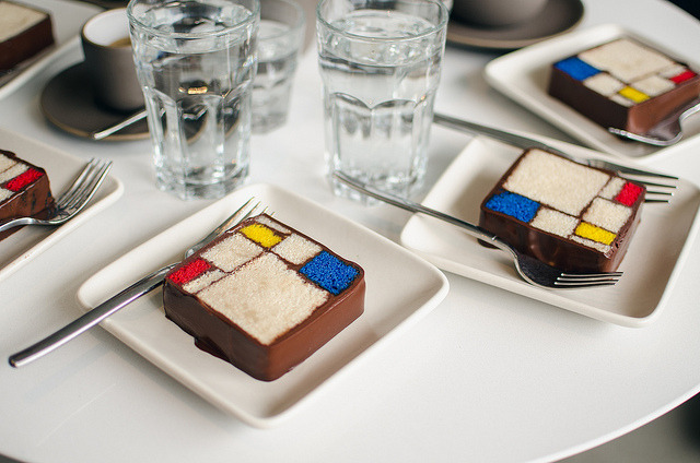 mondrian cake by -issata on Flickr.