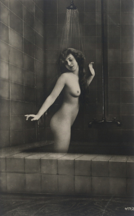 les-sources-du-nil:  Nude, Anonymous, 1920's