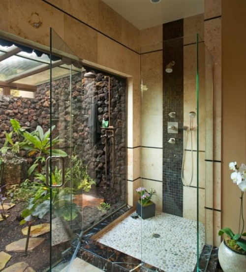 fuckyeahawesomehouses:  Tranquil, Tropical Bathrooms