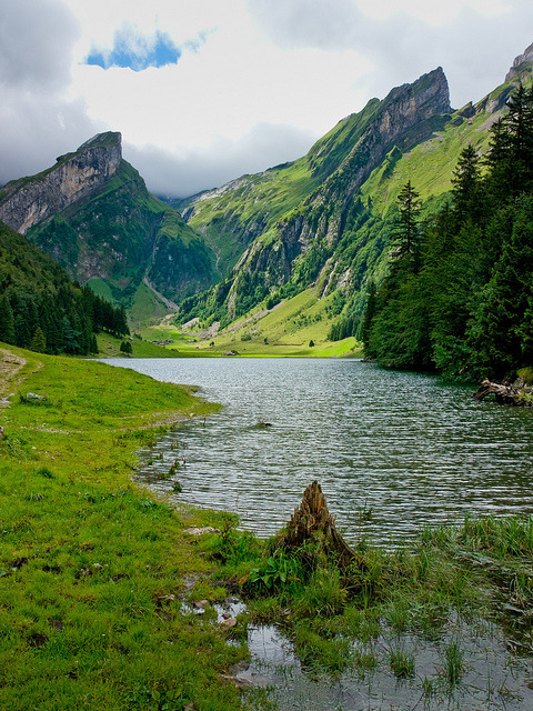 visitheworld:  Picturesque Seealpsee Lake in Appenzellerland, Switzerland (by pboehi).
