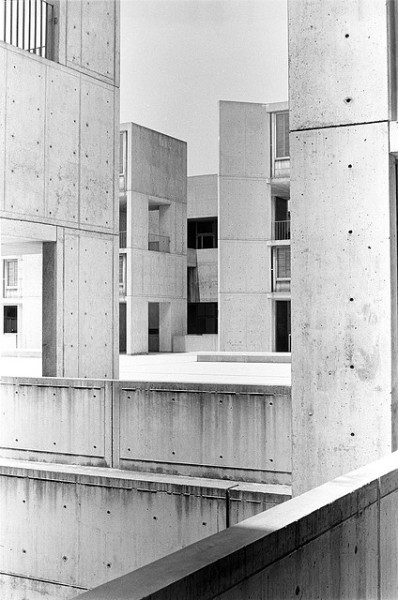 nicoonmars:  salk buildings by pugetive