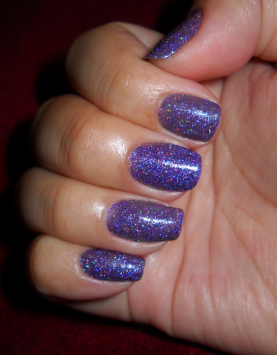 Trying Out New Layering Combos. Base: Sally Hansen - Commander In Chic Jelly Glitter: Princessa - ? (no name)
