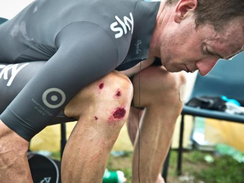 cadenced:  Scott Mitchell photograph of Bradley Wiggins in stage 8 of this year's Giro d'Italia from Team Sky's Facebook page.