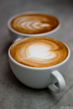 coffeenotes:  Cappuccino & Lattes by BenFranklin on Flickr.